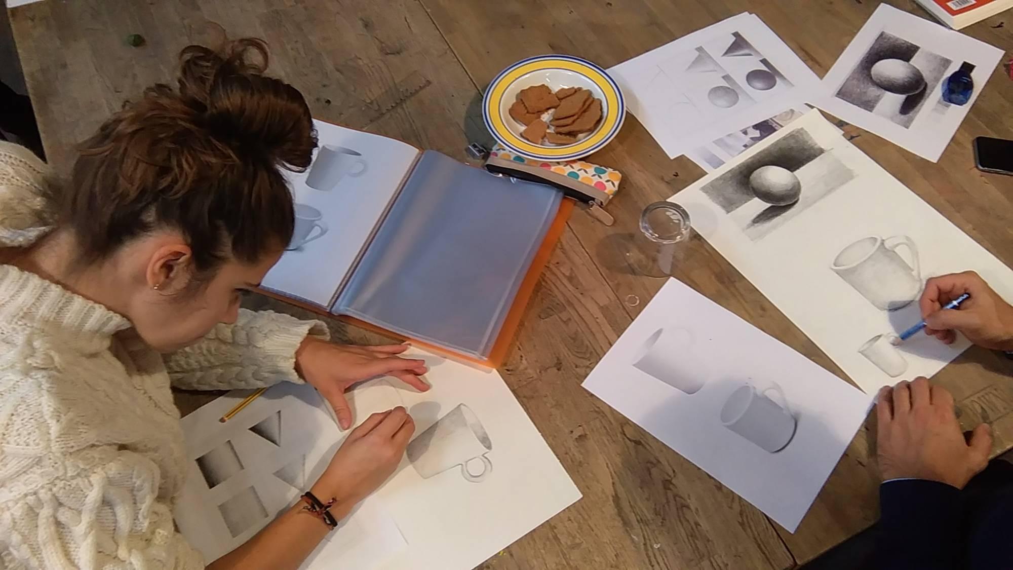 Apprendre les bases du dessin à Paris.